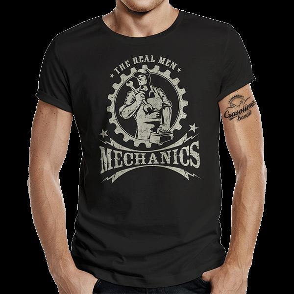 """T-Shirt """"Real Men"""" von Gasoline Bandit"""